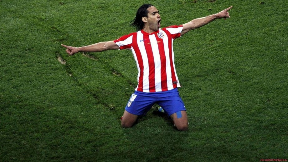 Manchester United sign Radamel Falcao on loan with view to a permanent deal
