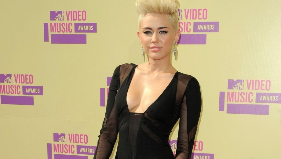 Miley Cyrus and Kathleen Hanna to collaborate on new album?