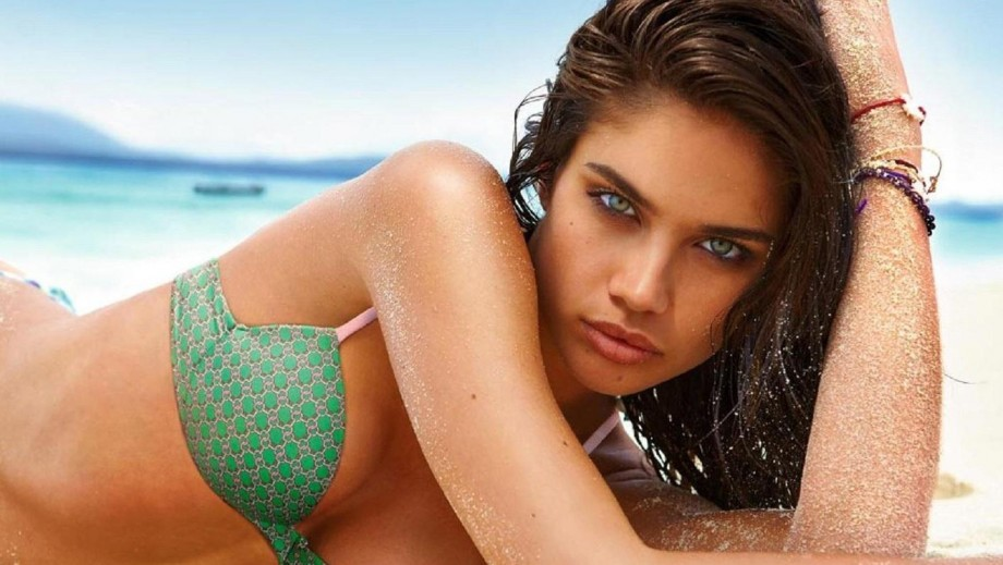 Sara Sampaio's is on the path to becoming a supermodel