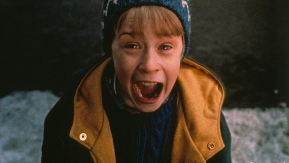 top 10 christmas movie characters no1 macaulay culkin as kevin in home - Home Alone Christmas Movie