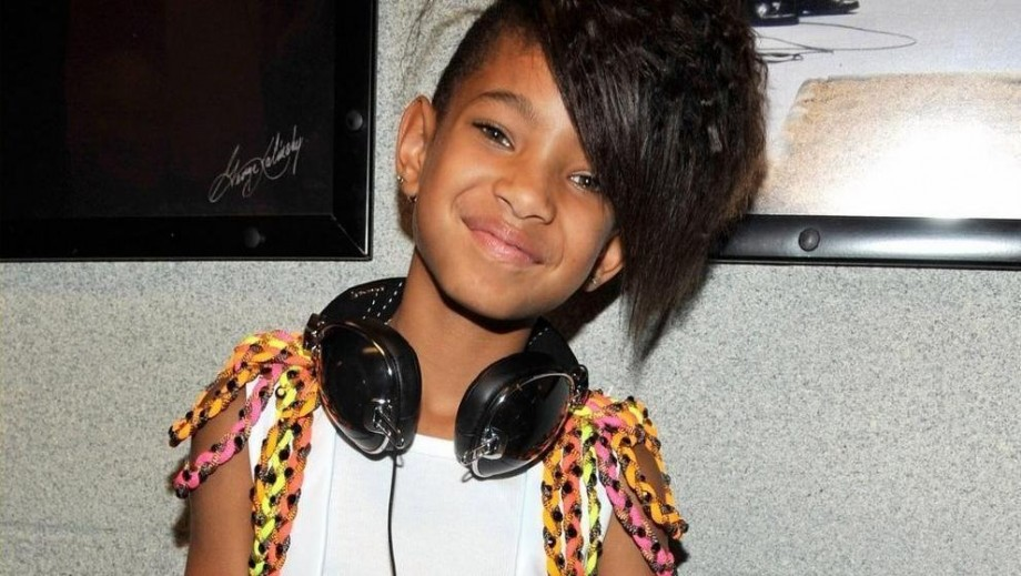 Where did Willow Smith get the idea to make whip my hair?
