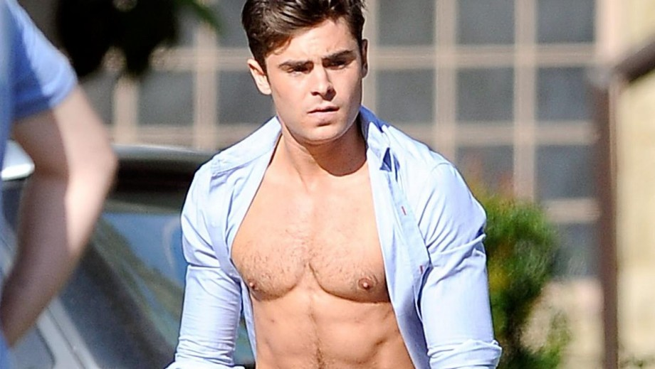Zac Efron topless vs Seth Rogen topless: Who wins? Neighbors has the answer
