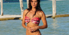 Brooke Burke pumping gas needs a commercial or movie cameo