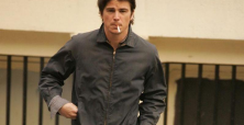 Josh Hartnett uses