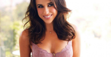 Lacey Chabert joins