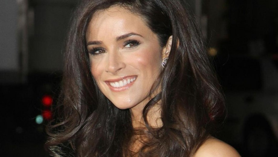Abigail Spencer might become a Hollywood star in 2014