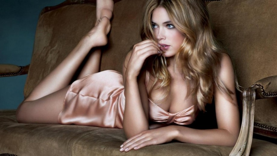 Doutzen Kroes selected new face of Calvin Klein fragrance 'Reveal'