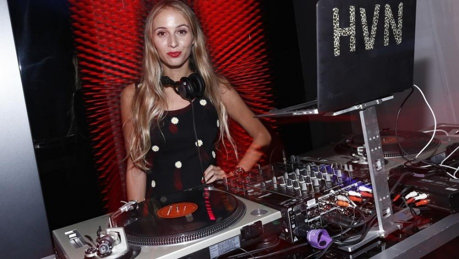 Harley Viera-Newton heats up Internet as international dj/model star