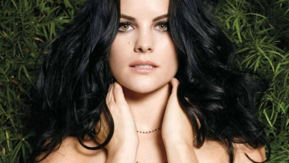 "Jaimie Alexander appears on ""Under the Gunn, judges Marvel designs"
