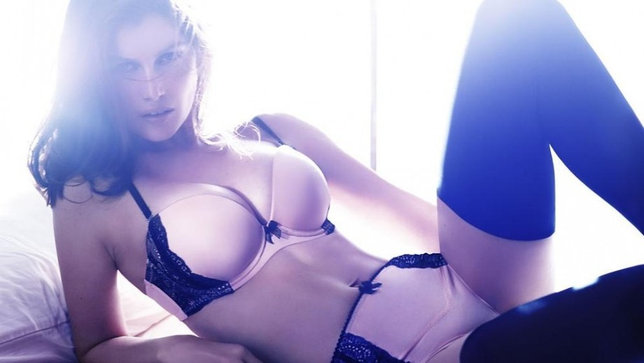 Laetitia Casta reveals in L'Officiel her thoughts on sensuality