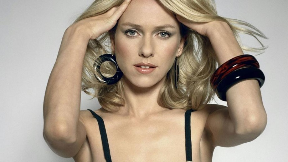 Naomi Watts makes move from drama to comedy movies in 2014