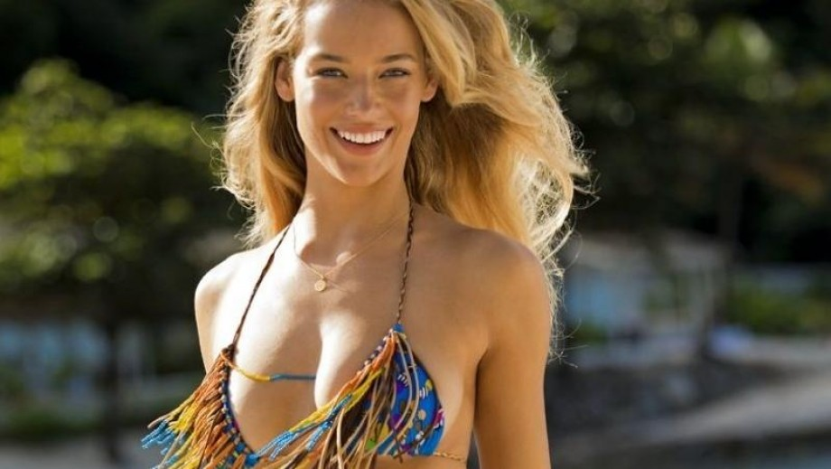 One to Watch: Sports Illustrated Swimsuit Issue 2014 Rookie of the Year nominee Hannah Ferguson