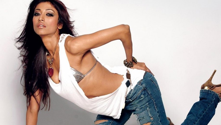 "Paoli Dam destroys stereotype as a 'bold' actress film in ""Baga Beach"""