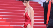 Bella Hadid gives her views on social media