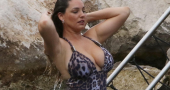Kelly Brook swimsuit shows she still has the best body in the business