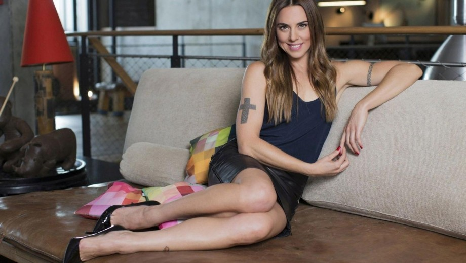 Mel C strips off and oils up for jaw-dropping shoot as she talks ...