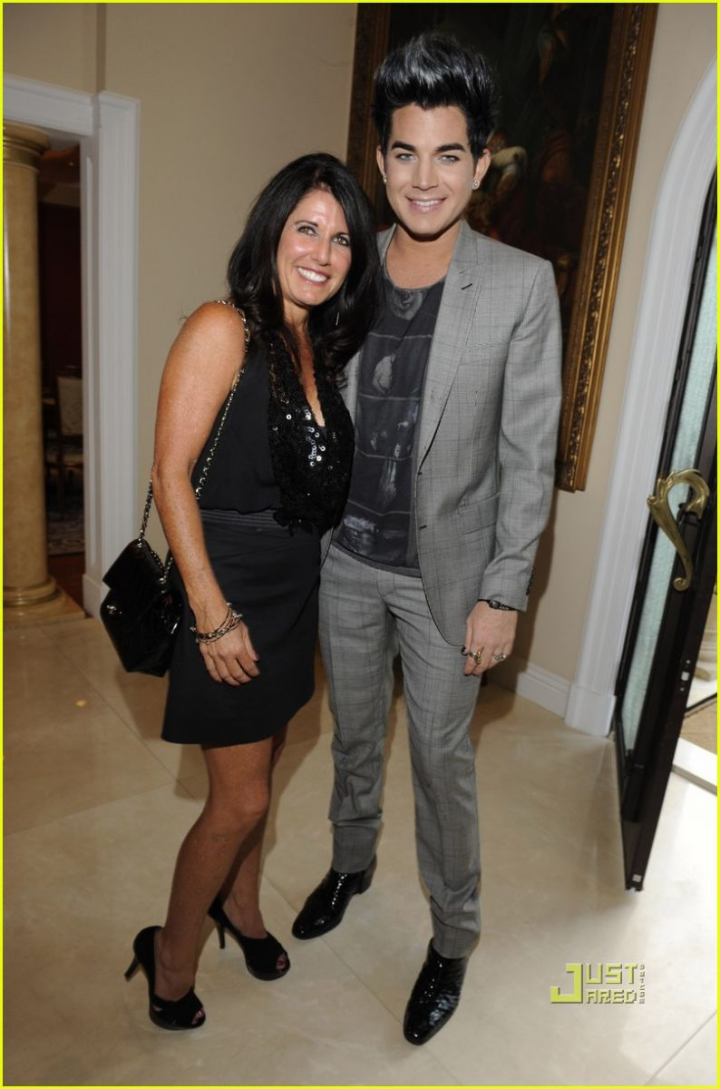 <strong>Adam Lambert</strong> with Mother