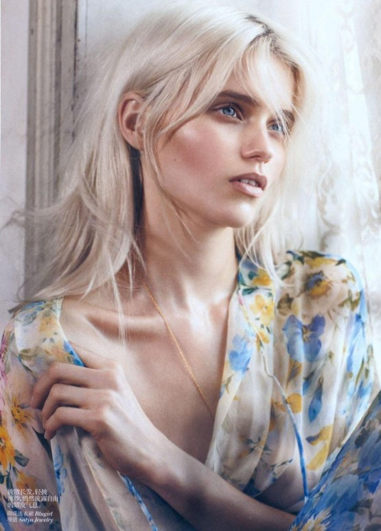 La Modella Mafia Abbey Lee Kershaw Vogue China May Photographed By Lachlan Bailey Styled By Clare Richardson Teeth