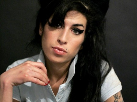 Amy Winehouse Hot Wallpaper Wallpaper