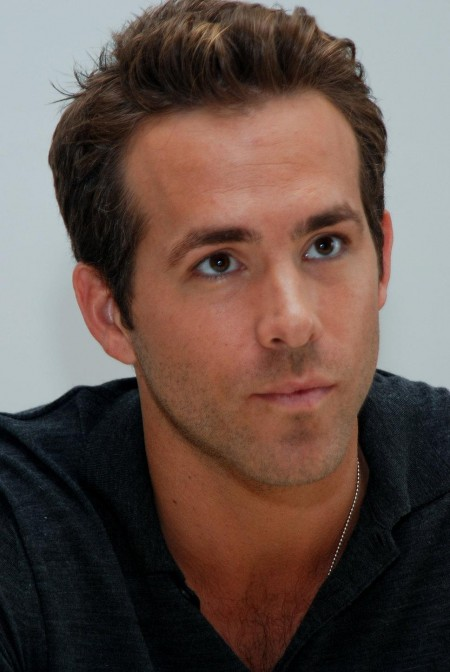Ryan Reynolds Black Shirt Shor