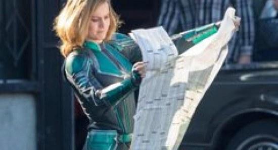 Scarlett Johansson Tessa Thompson And Brie Larson Ready For An All Female Marvel Movie News Fans Share